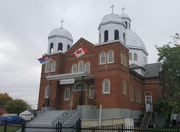 Црква Светог Саве у Винипегу