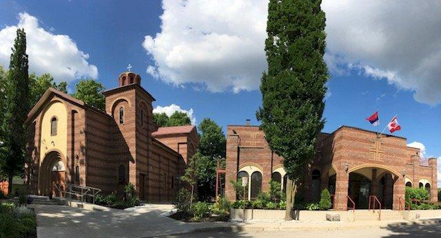 Црква Свете Тројице у Кичинеру
