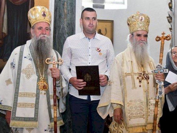 Срби из Ванкувера послали помоћ Мирославу Копривици као вид подршке јер је одбио да руши црквене објекте