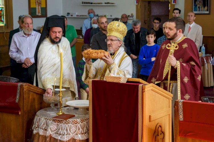 Владика Митрофан богослужио у Видбију
